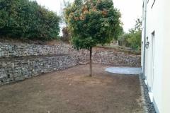 Natursteinmauerterrassen