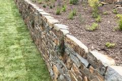 Natursteinmauer Rohzustand